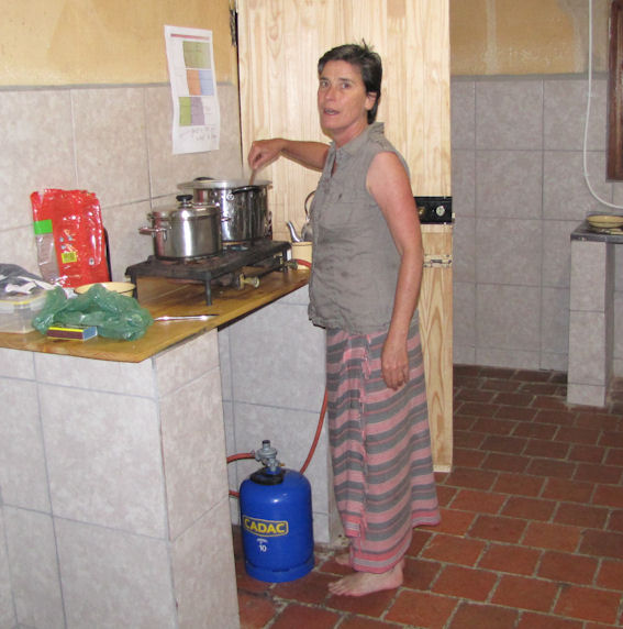 cobham nikki kitchen res