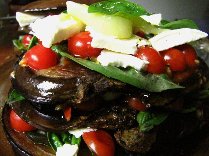 r aubergine stack