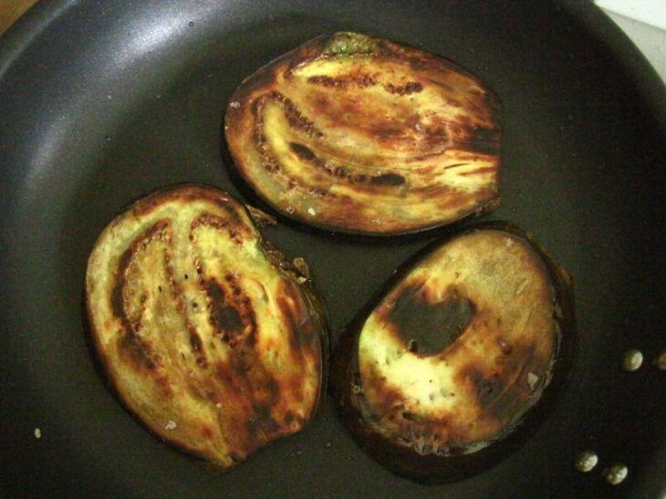 r fried aubergine 035