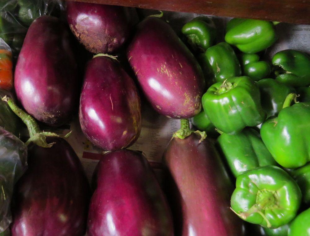 r brinjals peppers