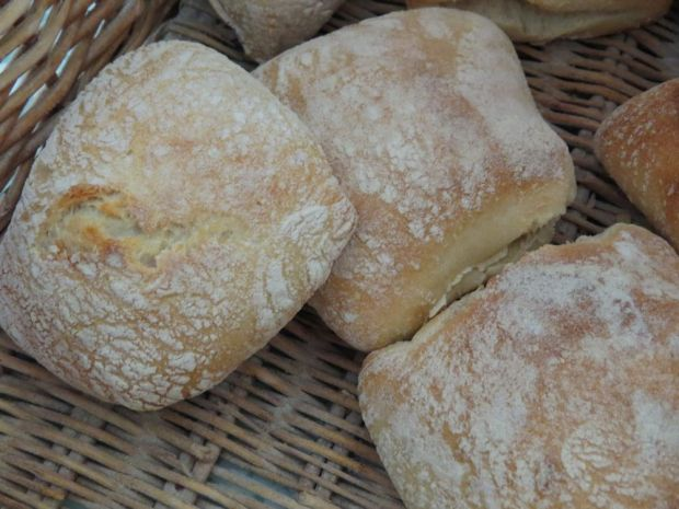 r bread at valley bakery