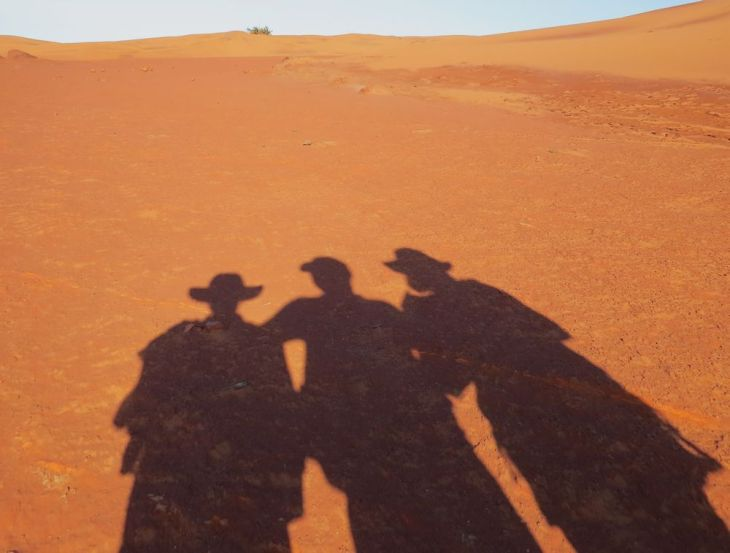 r red desert shadows