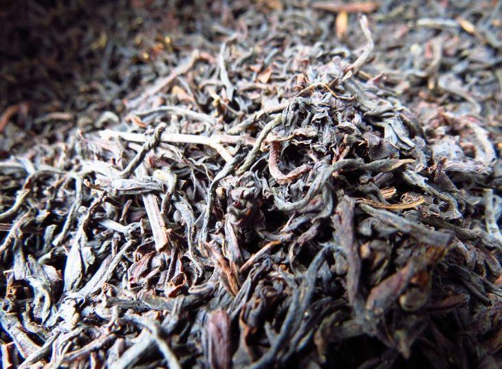 r tea leaves