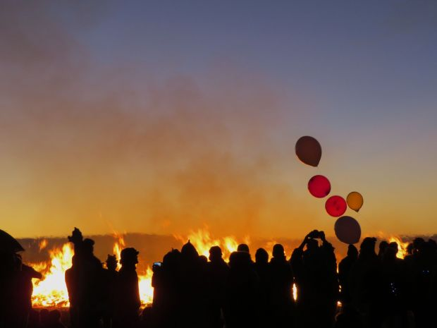 balloons at burn