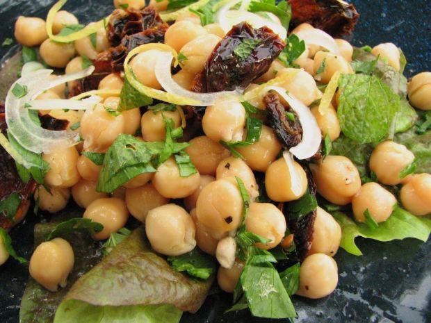 r-chickpea-salad