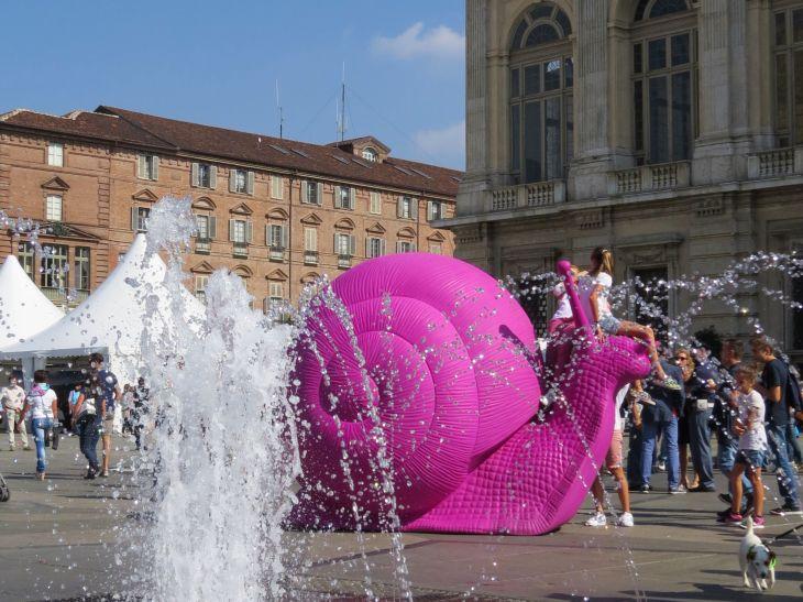 snail-piazza-castello
