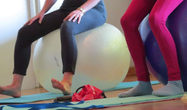 r-pilates-legs
